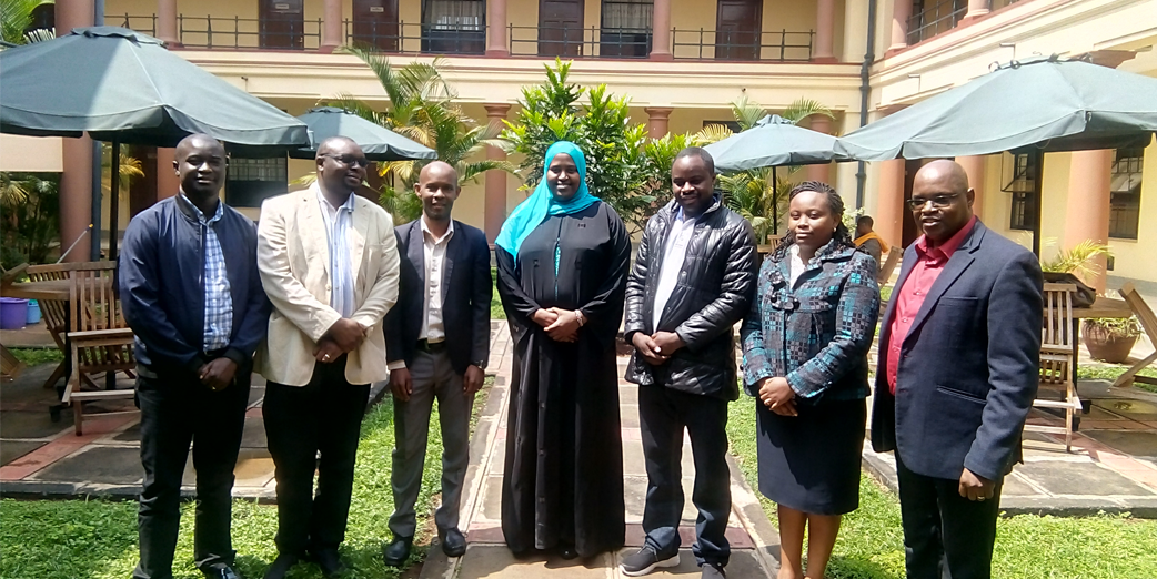 Mr Elvis Obonyo – Field Coordinator KFELTP, Mr Andrew Sitati - Program Support Manager, Mr Brian Kaganzi – Risk and Compliance Manager, Dr Zeinab Gura – Program Director KFELTP, Mr Kenneth Katabazi – Auditor, Dr Jane Githuru- Field Coordinator KFELTP and Mr Bwakura Mchengeti - Director – Internal Audit & Risk Management at the Risk Management Training In Kenya